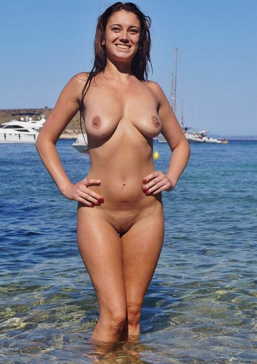 hot girls at the beach naked drunk