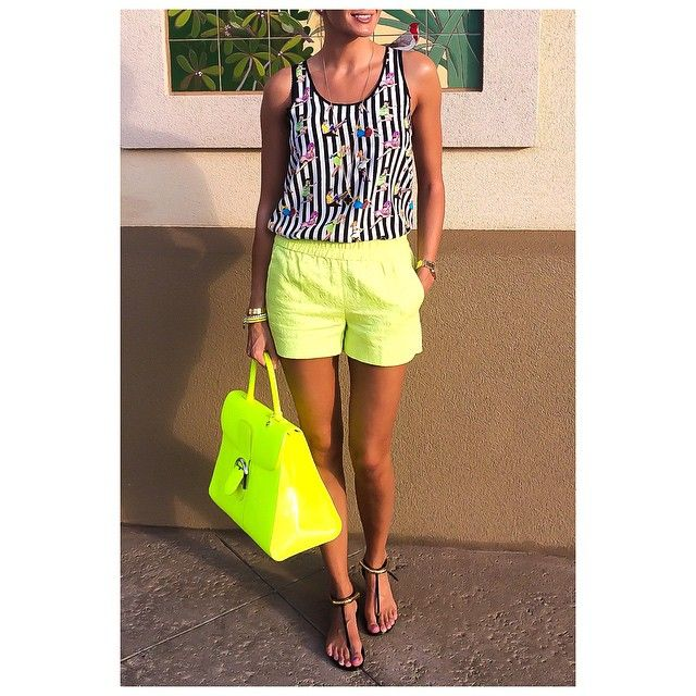Neons and sunny days...✨ #jcrew shorts #msgm top #gucci sandals #Delvaux @delvaux bag ✨