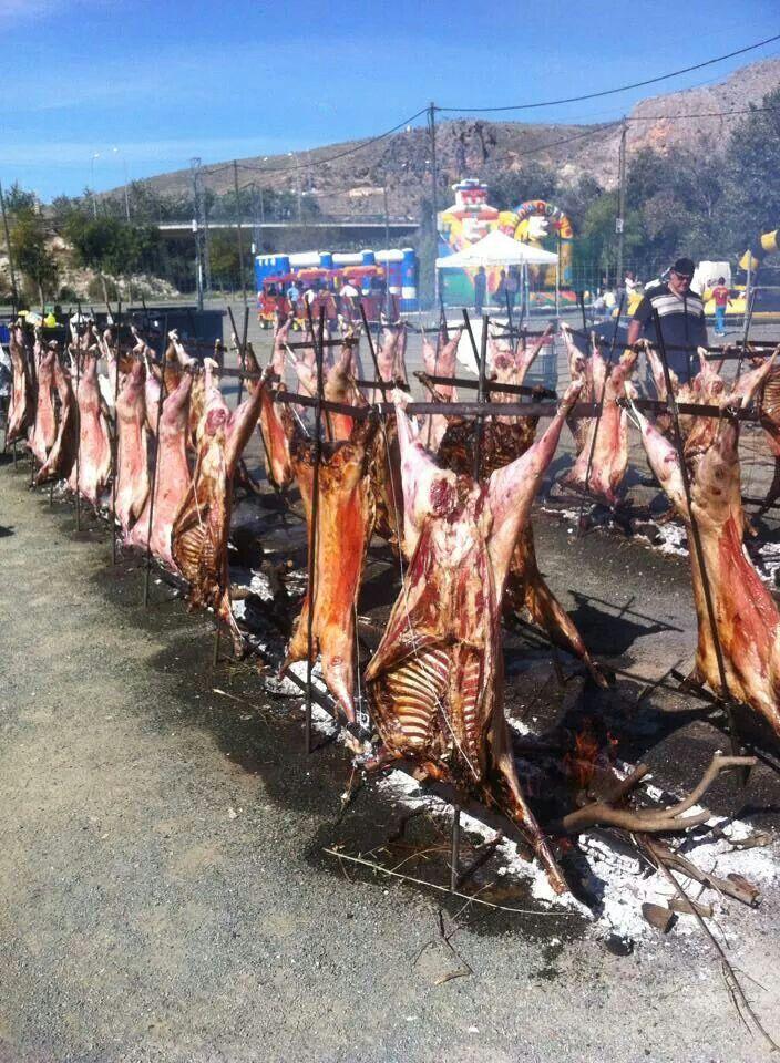 Corderos a la estaca estilo gaucho   Argentina