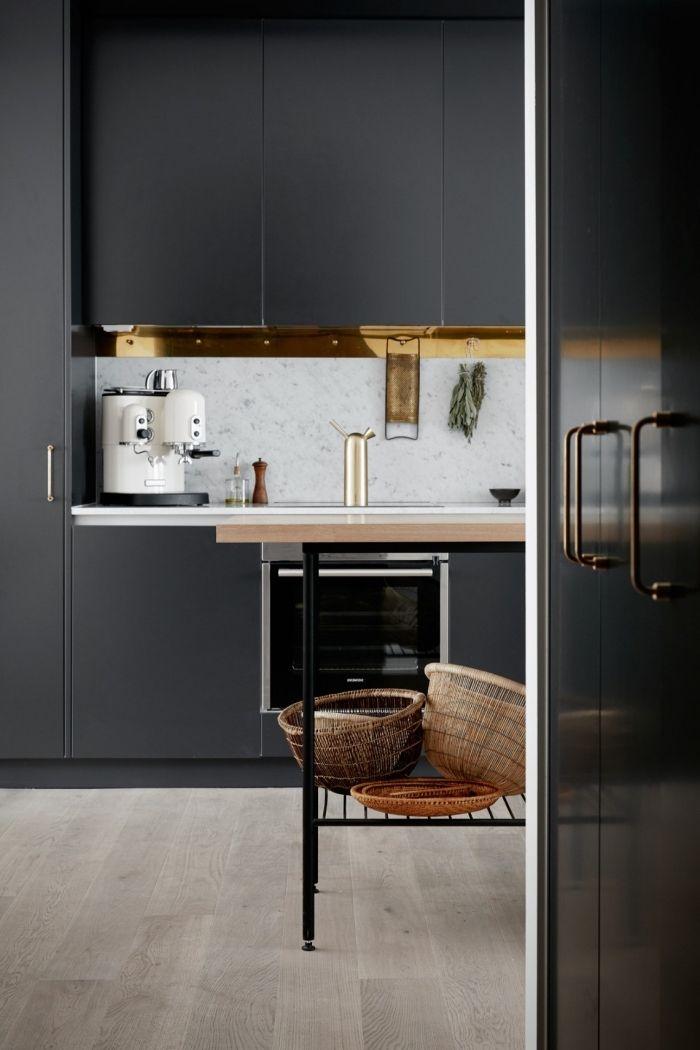 1001 exemples sublimes de la cuisine noire et bois deco. Black Bedroom Furniture Sets. Home Design Ideas
