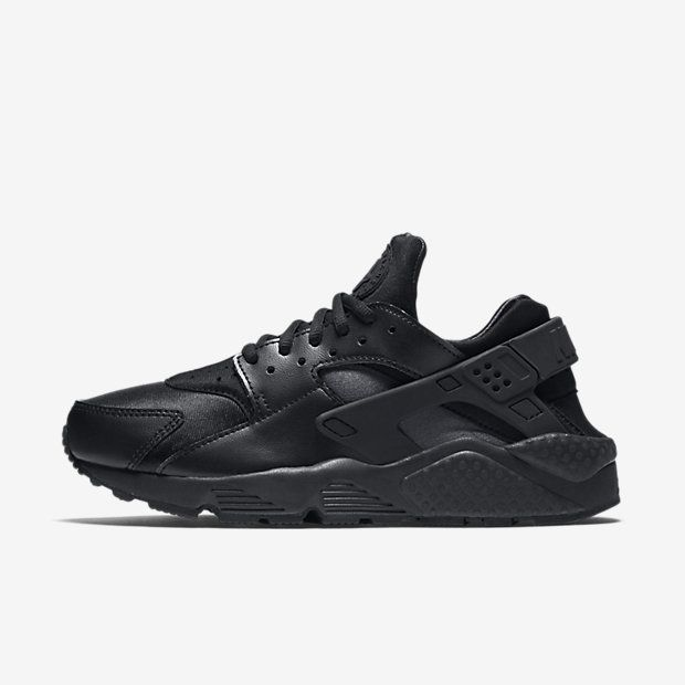 Sneakers: Nike Air Huarache 'Triple Black' | Nike air