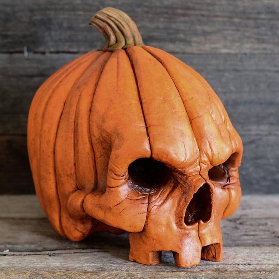 Galería Este Artista Convierte Calaveras En Verdaderas Obras De Arte 15 Fotos Pumpkin Carving Halloween Pumpkins Carvings Halloween Art