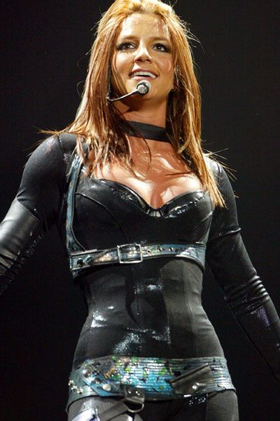Britney Spears Onyx Hotel Tour Review