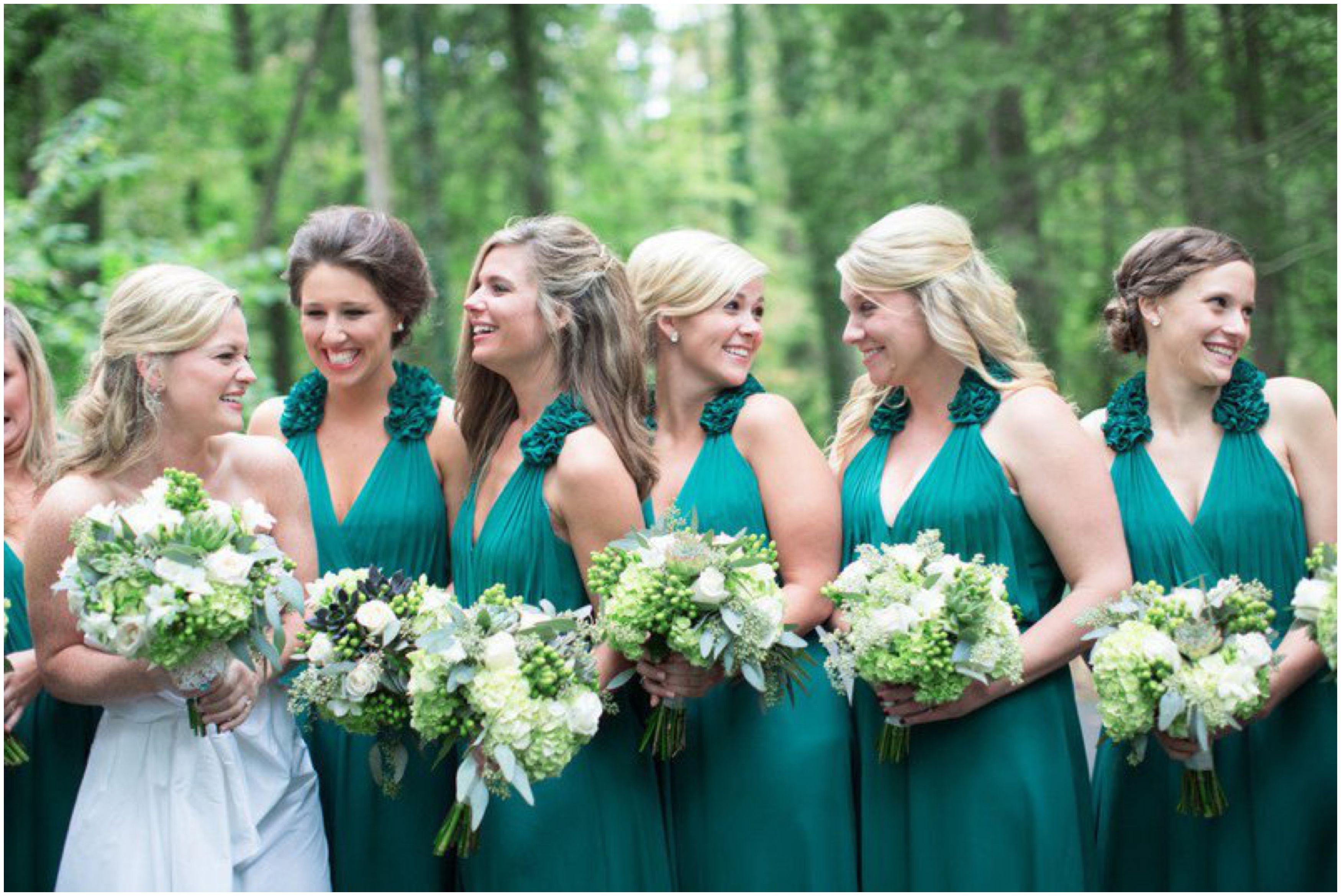 Bridesmaid Green dresses for fresher spring wedding