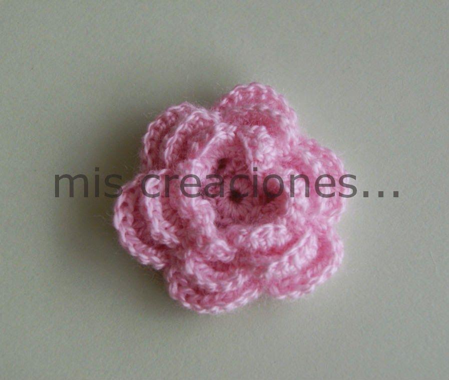mis creaciones...: Broche flor realizada en crochet