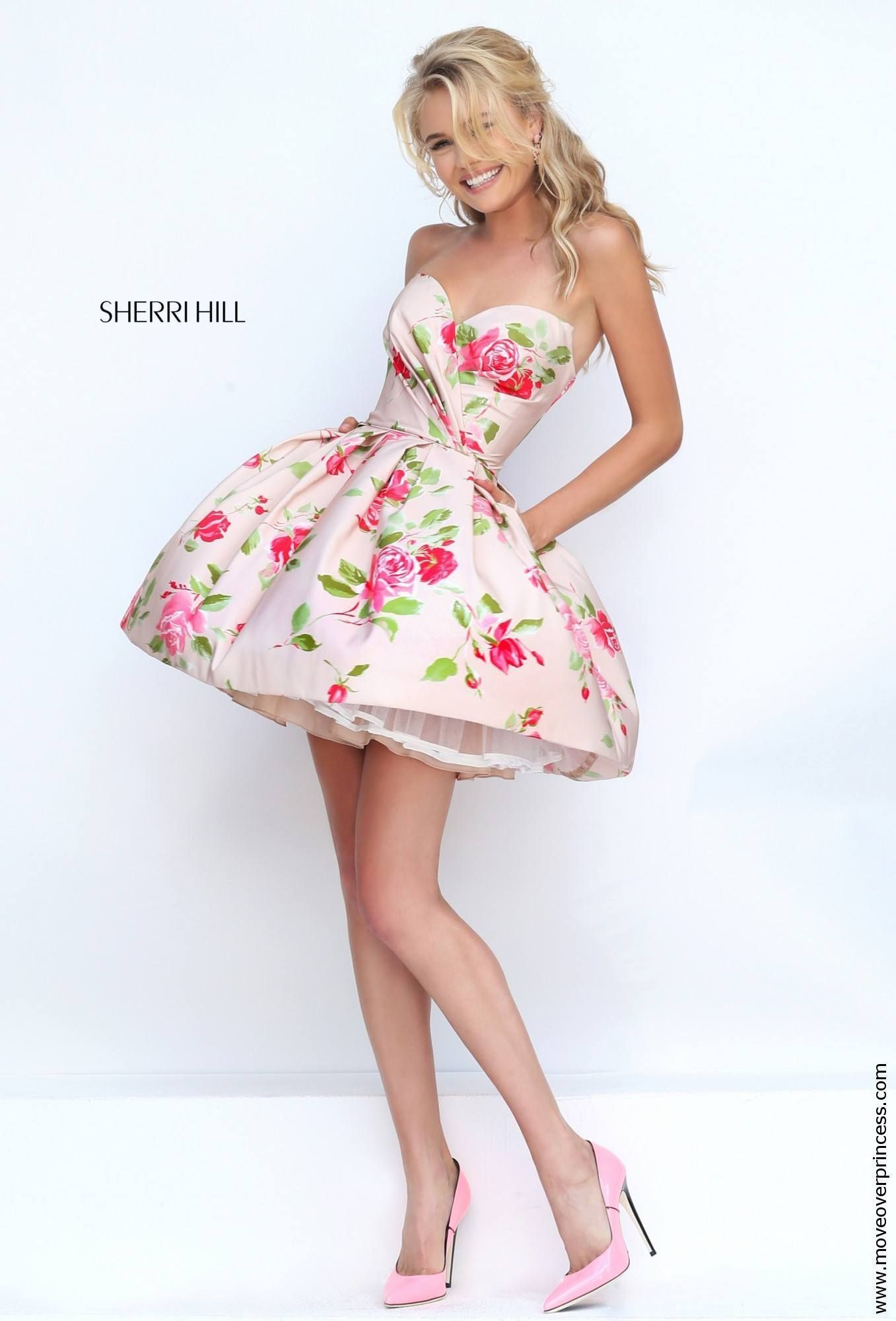 Sherri hill has pockets giving you something different to