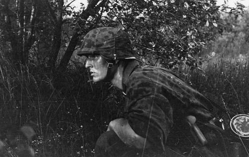 Faces of war: Leibstandarte soldier during Operation Barbarossa in 1941
