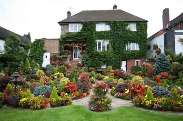 Landscaping Flower Garden Climbing Ivy Big House Plantings - House garden with flowers
