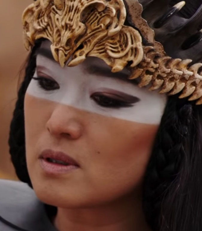 Disney S New Version Of Mulan Features A Brand New Villain In The Form Of Xian Lang Who Is This Mysterious Antagonist And What Role Could In 2020 Mulan Xi An Villain