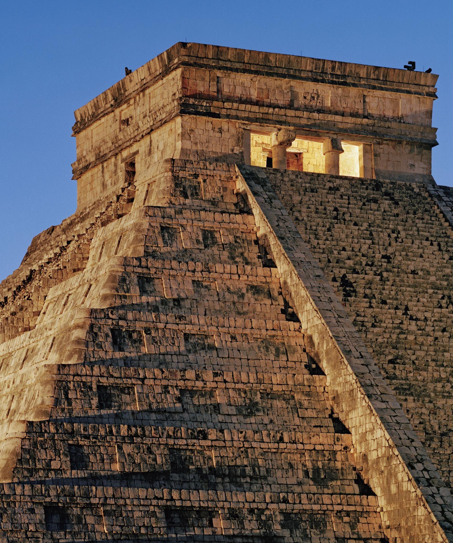 смеха меньше пирамиды майя с названиями и фото вид