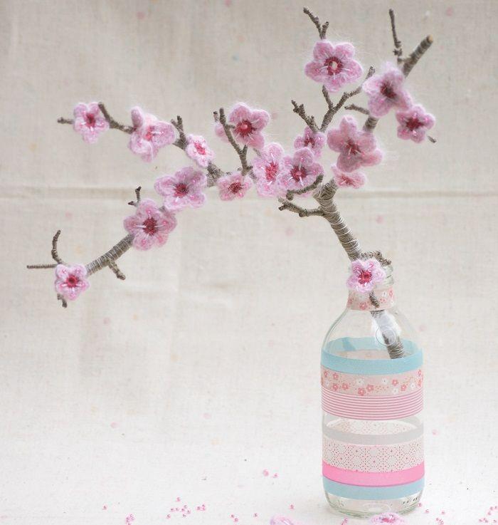 DIY: Kirschblüten häkeln von Mollie Makes | Crochet | Pinterest ...