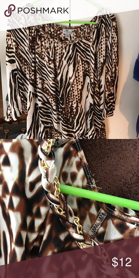 """Women's Petite XL top I'm 5'5"""" and this shirt fit me well! Loved this for summer nights out! The gold link chain runs through front of shirt only. Bottom has an elastic band! Great shirt Worthington Tops Tunics"""