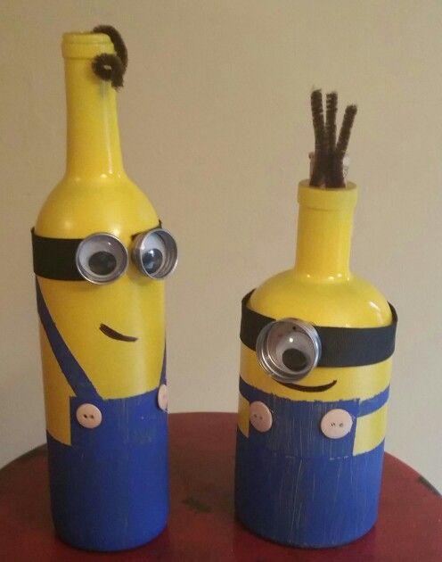 Minion Bottles With Images Wine Bottle Diy Crafts Bottle