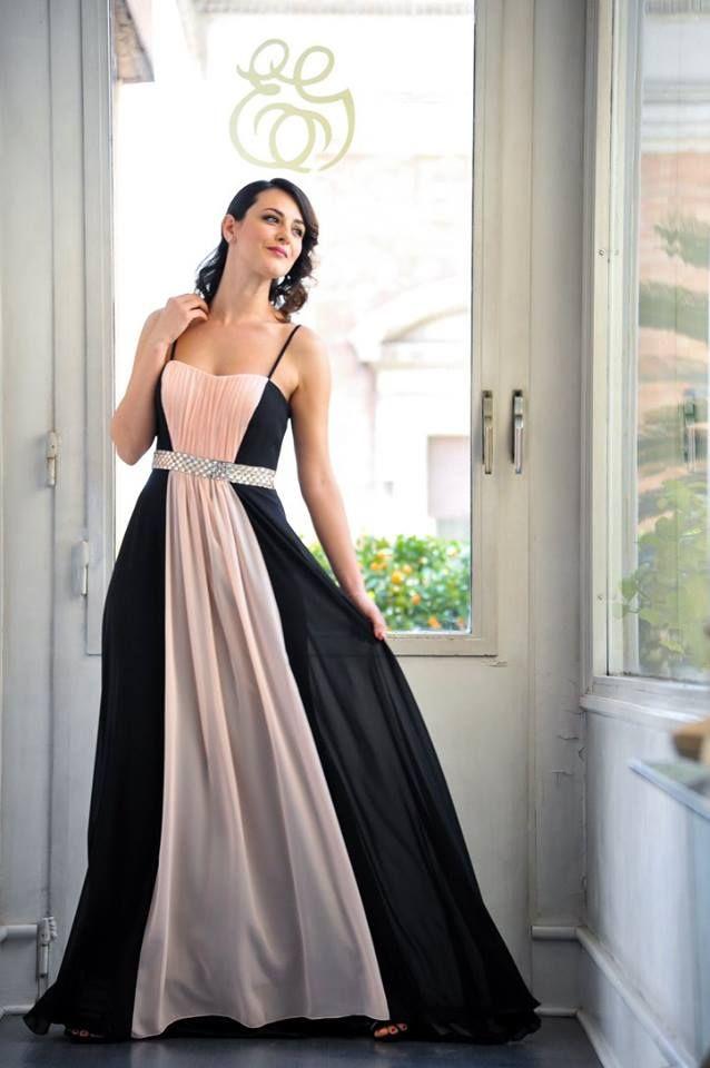 Elegante abito lungo rosa cipria e nero con cinta in cristallo swarosky f64fdf235ff