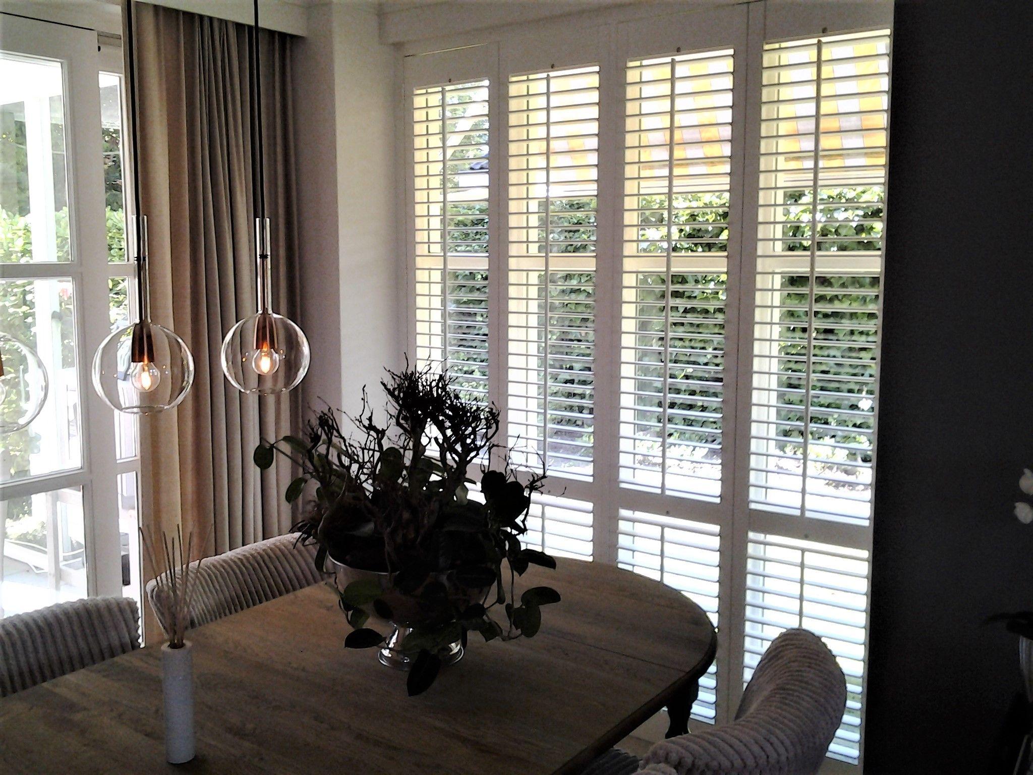 Shutters passen perfect in een landelijk en klassiek interieur kies