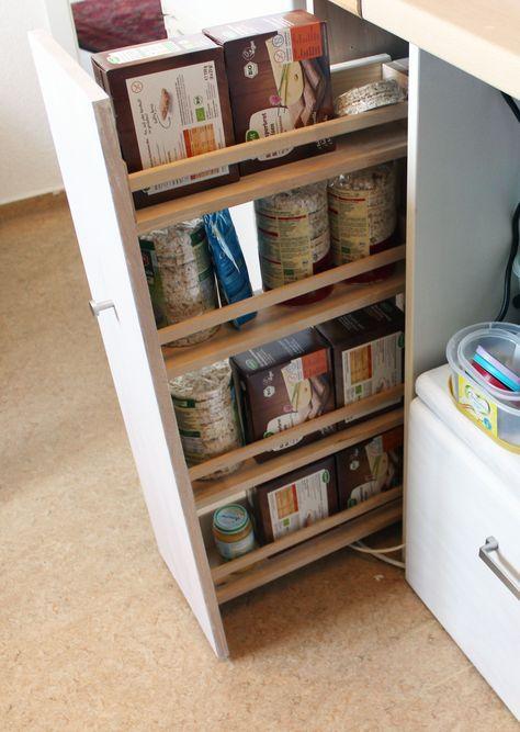 Nischenregal, mit IKEA Bäkvam-Gewürzregalen, selbst gebaut #IKEA - küchen selber gestalten