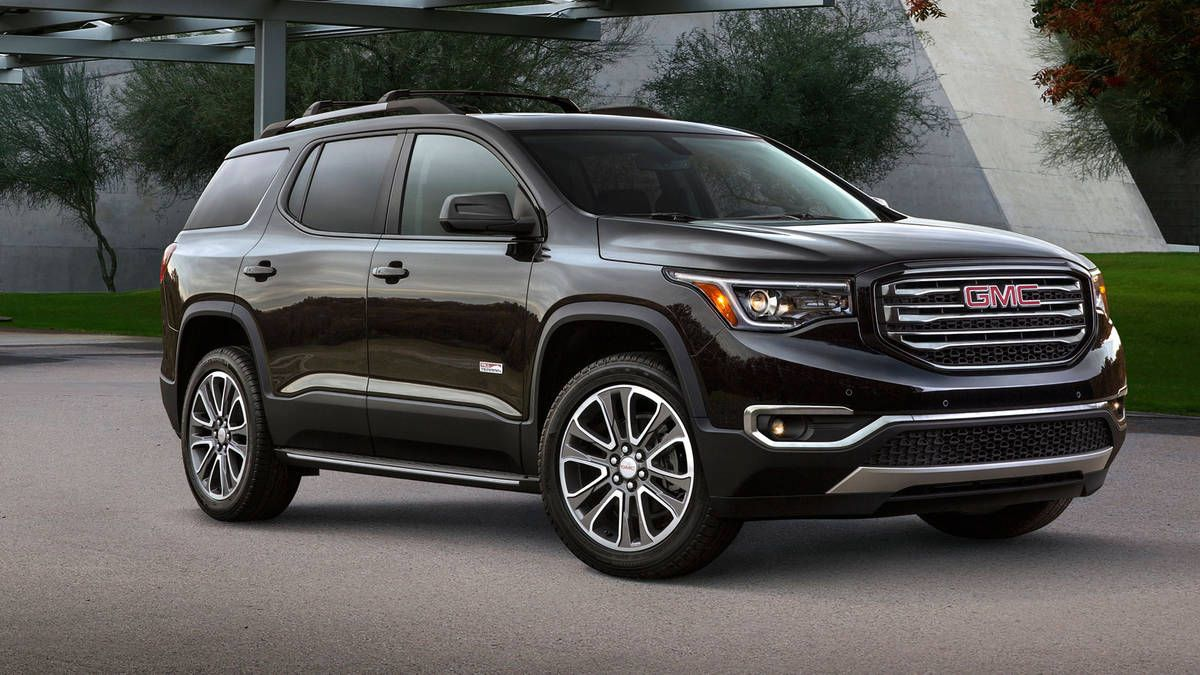 2018 Gmc Acadia Essentials Rejuvenating The Lineup Gmc Suv Gmc