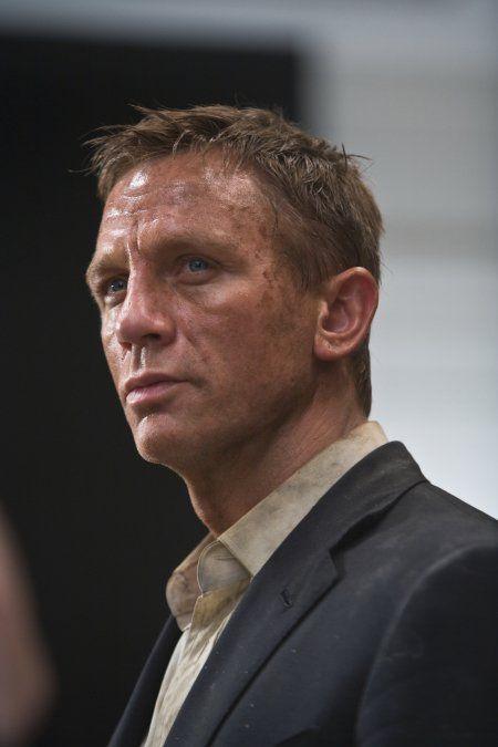 Still of Daniel Craig in Quantum of Solace (2008)