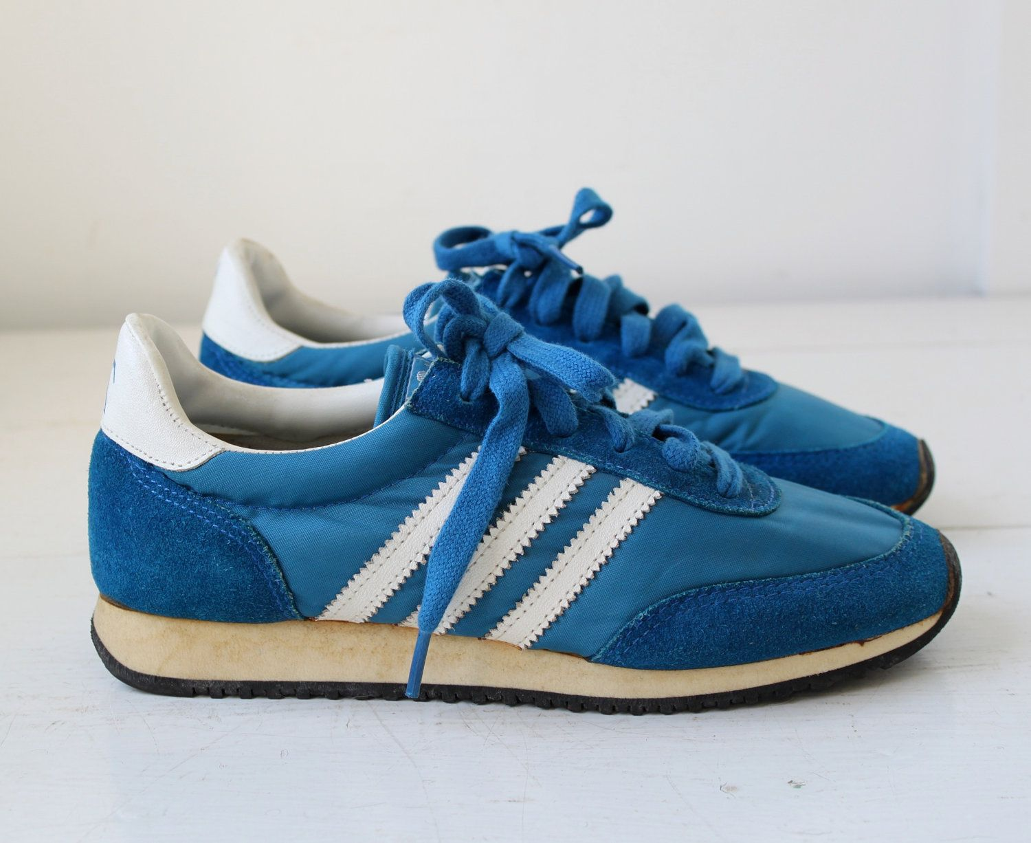 vintage 1970s blue sneakers. JC Penney 3 striped. Retro athletic runners.  Women size 6.