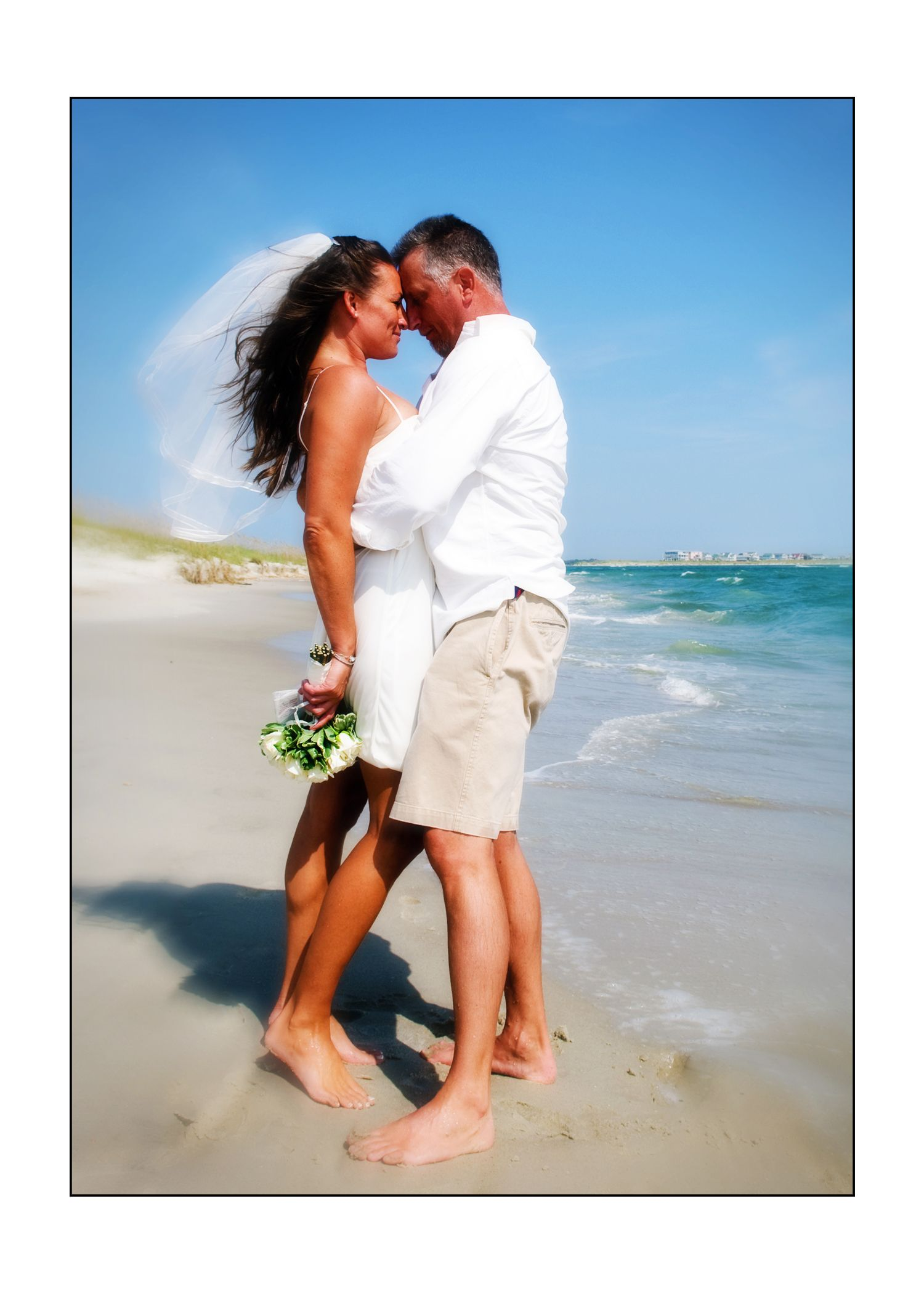 Intimate Romantic Wedding On The Beach Myrtle Beach Myrtle Beach Wedding Myrtle Beach Romantic Wedding