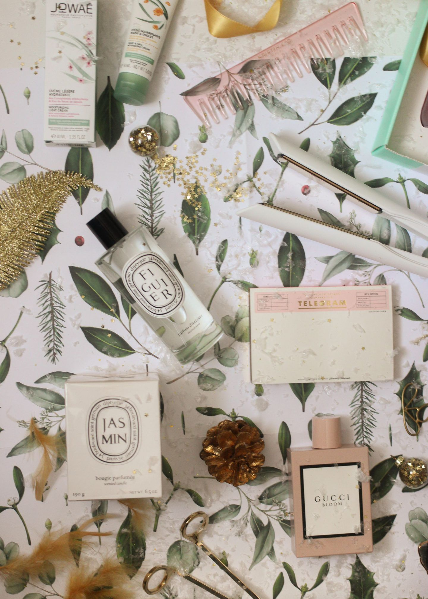 A lastminute gift guide last minute gifts gift guide