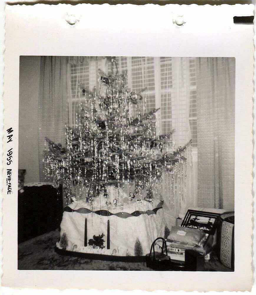 Christmas Tree Shop Orlando Diy Christmas Light Decorations Decorating With Christmas Lights Diy Christmas Lights