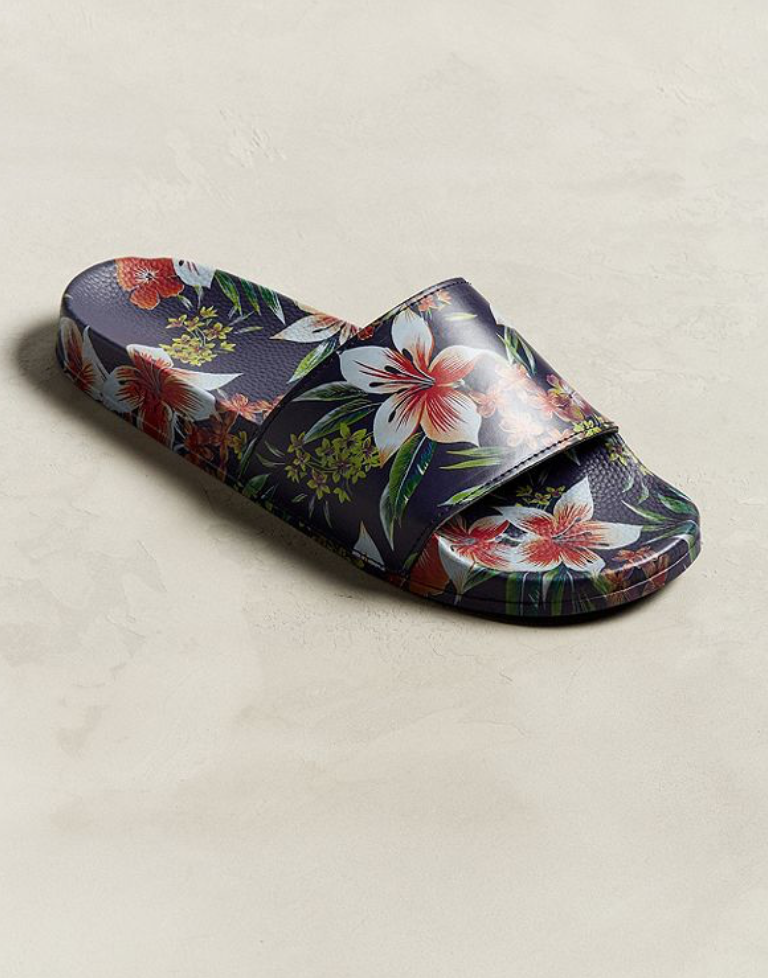 6ae9ee29def0 sandals with mens floral pattern A trend that many didn t think would make  a comeback is mens floral fashion. This season