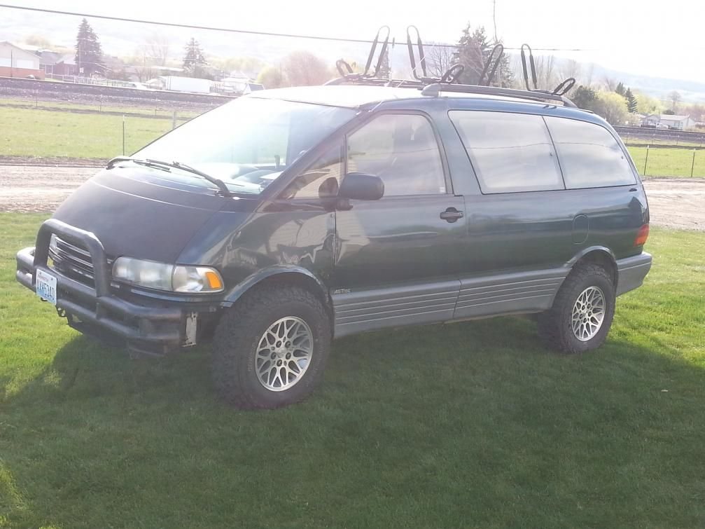 """AWD 2"""" lift with some mudders. Toyota previa, Retro cars"""
