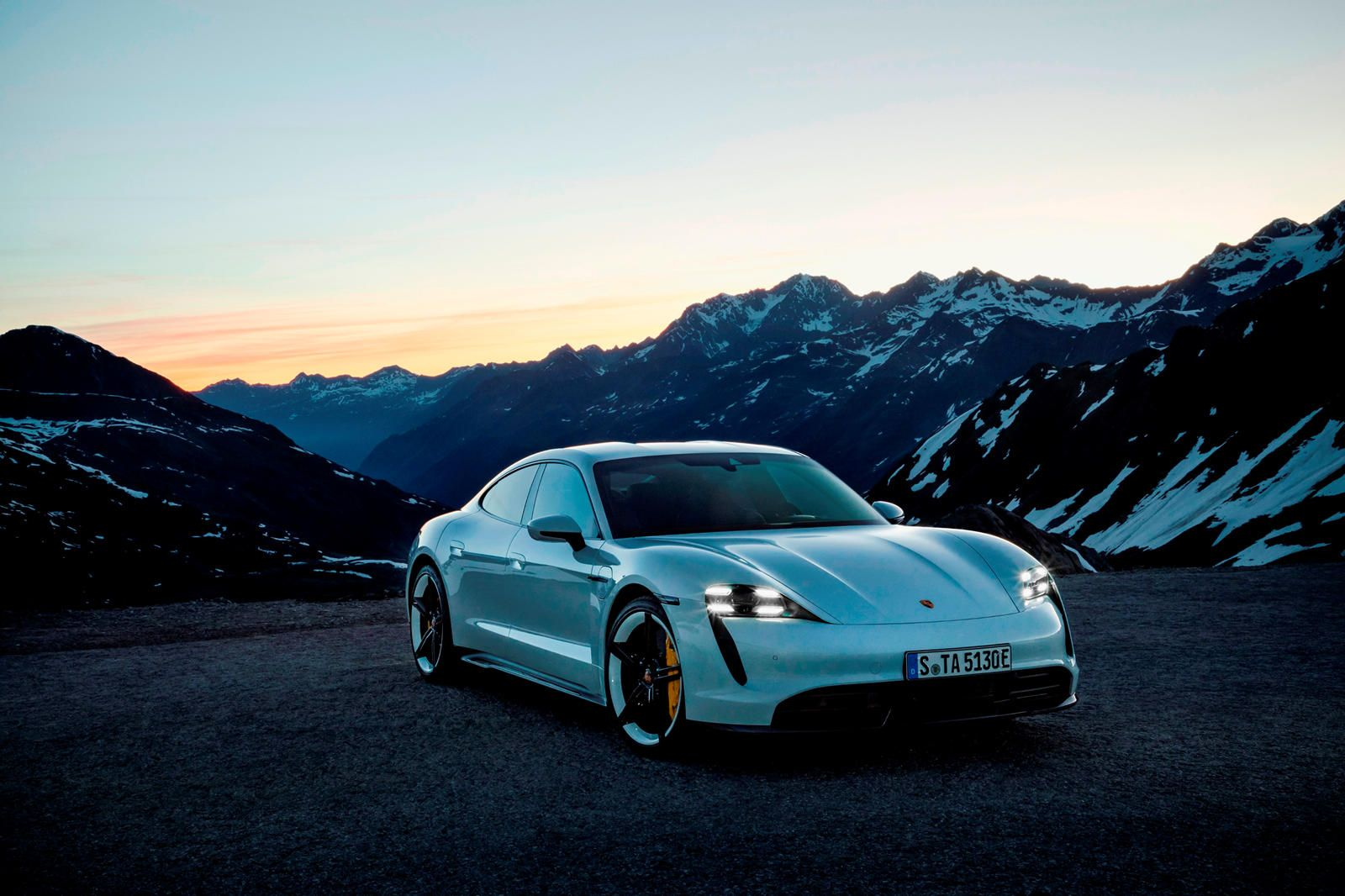 Porsche Taycan To Star In 2020 Super Bowl Commercial Porsche Hasn T Run A Super Bowl Commercial Since 1997 Porsche Taycan Electric Sports Car Porsche