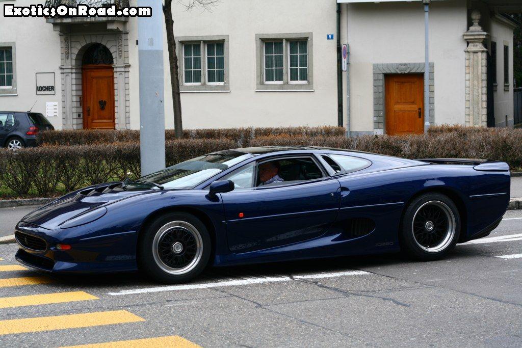 Jaguar XJ220   Jaguar xj220, Super cars, Cool pictures