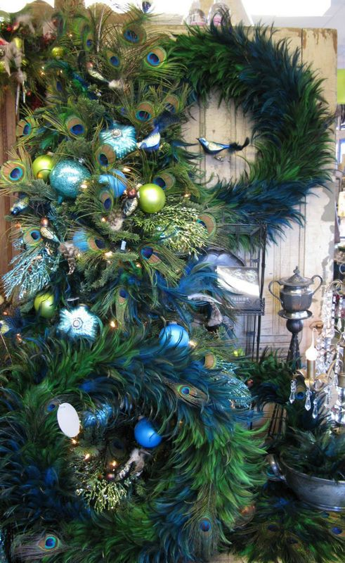 Decorating With Peacock Feathers For Christmas Peacock Christmas Tree Christmas Tree Feathers Peacock Christmas