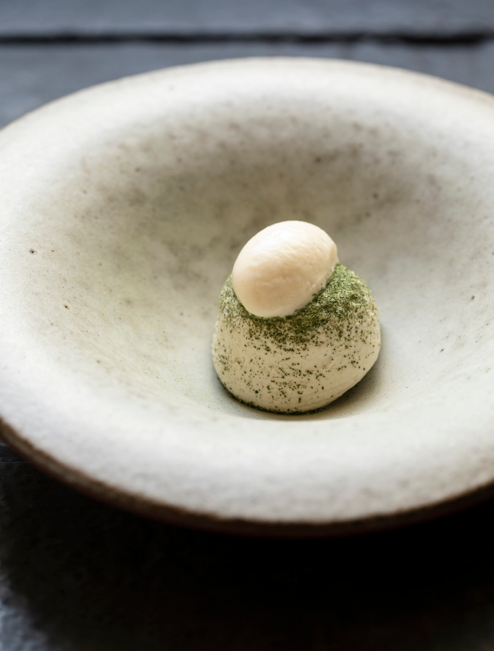 Pin by Evelyn Ling on plating Michelin star dessert