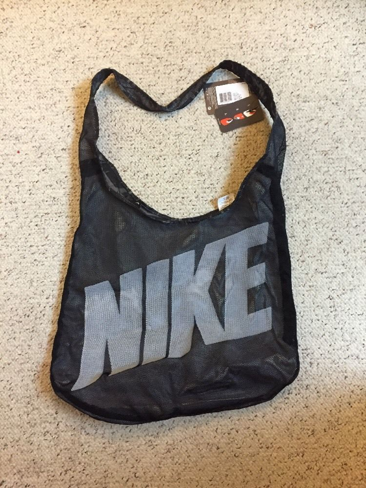 6205c72e8618 BA4879-005 New with Tag Nike GRAPHIC REVERSIBLE TOTE BAG PURSE  beach bag