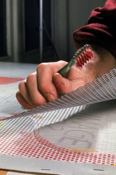 what techniques did roy lichtenstein use