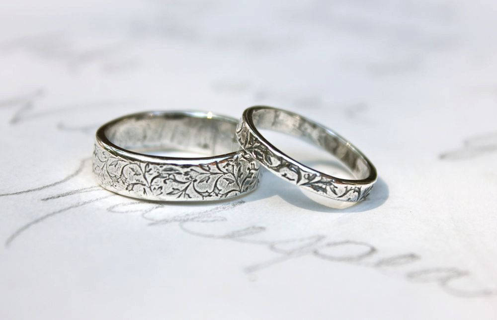 Wedding Band Ring Set Vine Leaf Rings Bands Handmade Silver Engraved By Peacesofindigo