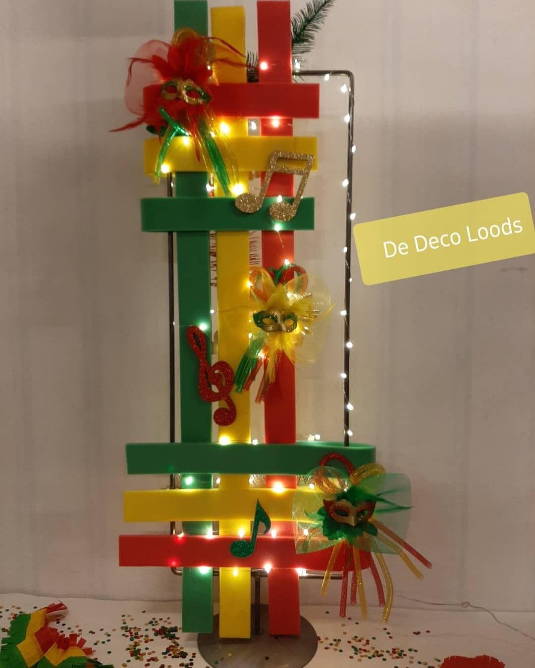 Carnaval In Limburg Carnaval De Deco Loods Decoratie Alaaf Roodgeelgreun In 2021 Carnaval Decoraties Decoraties Decoratie