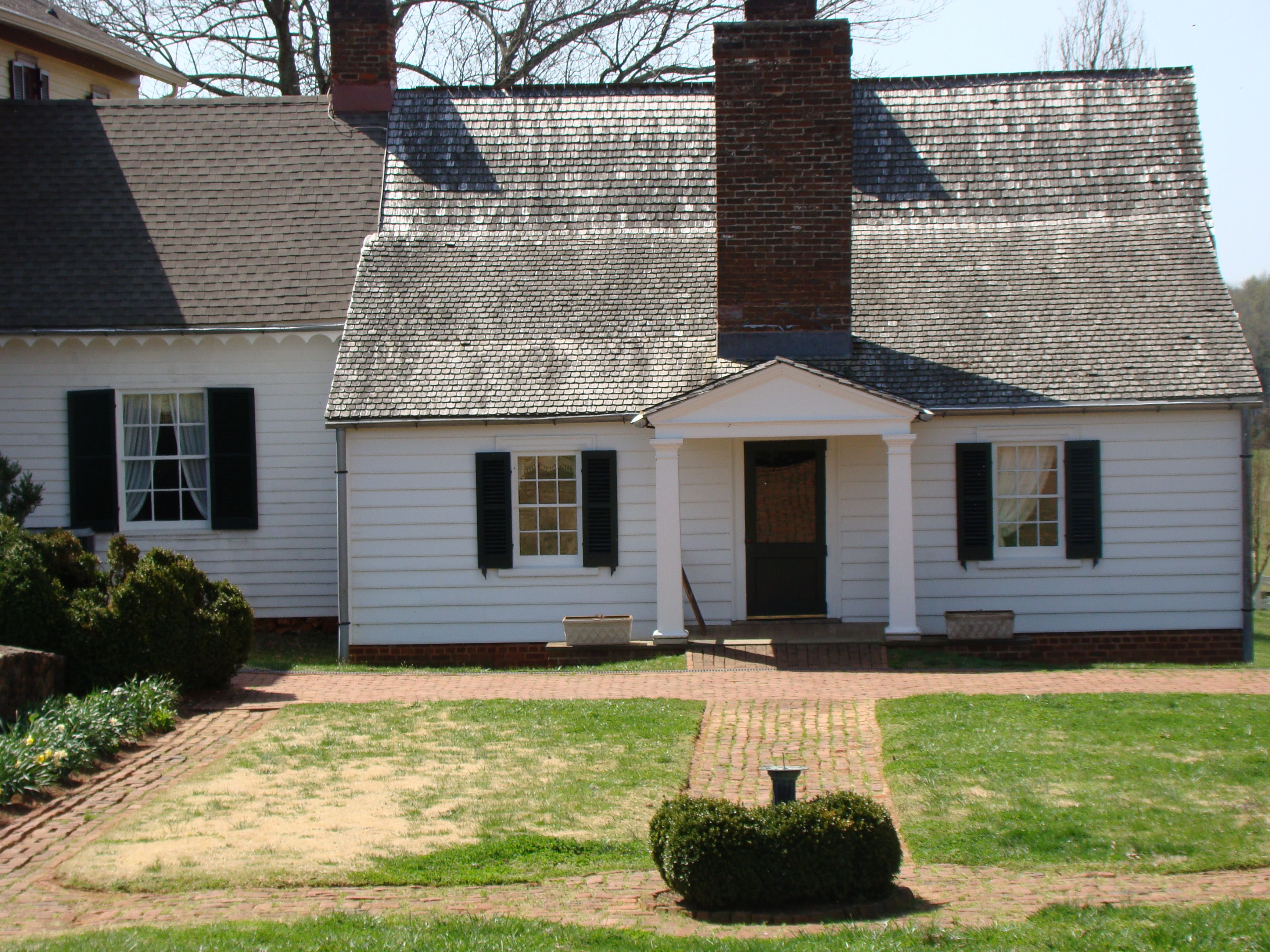 Ashlawn Highland Home Of James Monroe 5th President Of The Us Located In Charlottesville Va Just 3 Miles From Montice Highland Homes Monticello Home Library