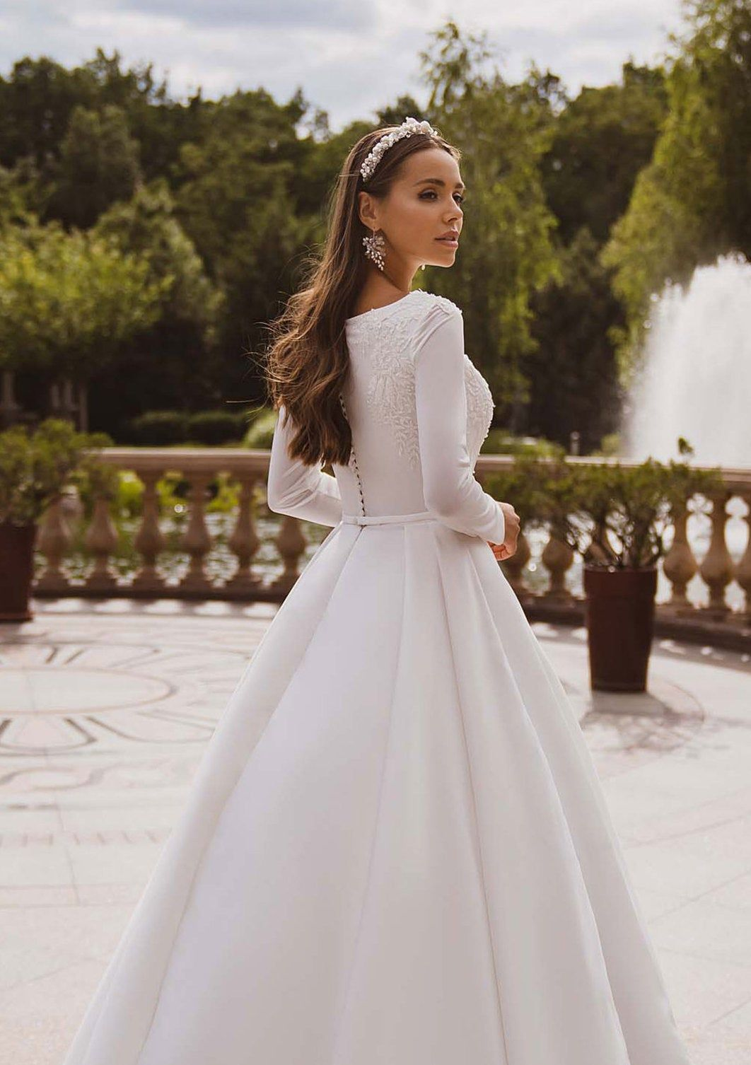 Simple Wedding Dress Long Sleeve Wedding Dress Modest Wedding Dress Plus Size Wedding Dress With Sleeves Satin Wedding Dress Wedding Dresses Winter Wedding Dress Plus Size Wedding Dresses With Sleeves Wedding
