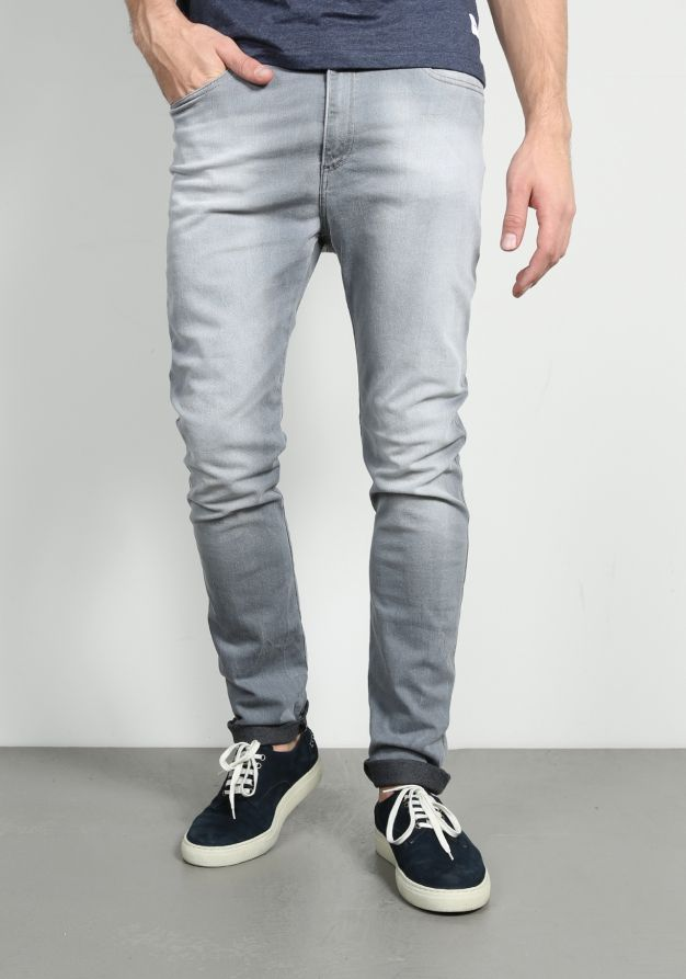 Replay Hyperfree Neasan MA947 000 51B Jeans | Available at www.score.nl