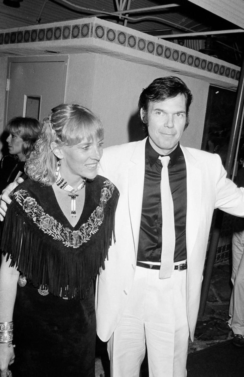 neil young wife pegi morton young to divorce after 36