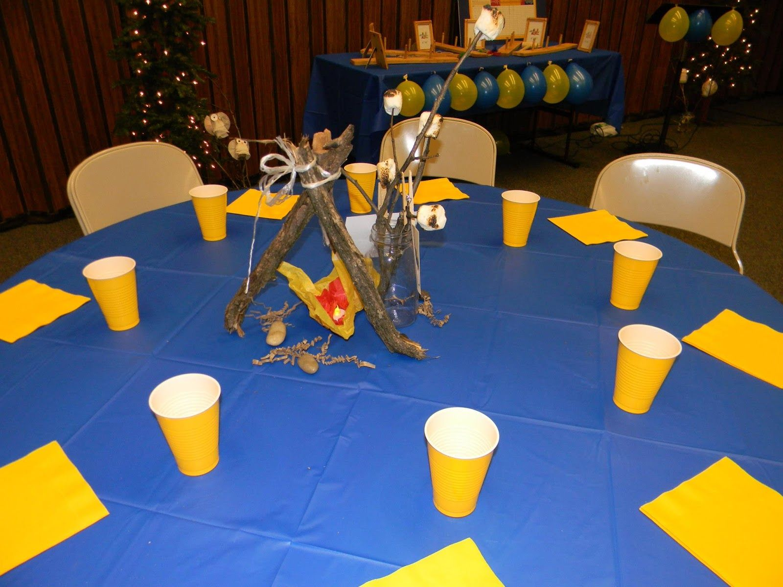 cub scout blue and gold banquet centerpieces | controlling craziness