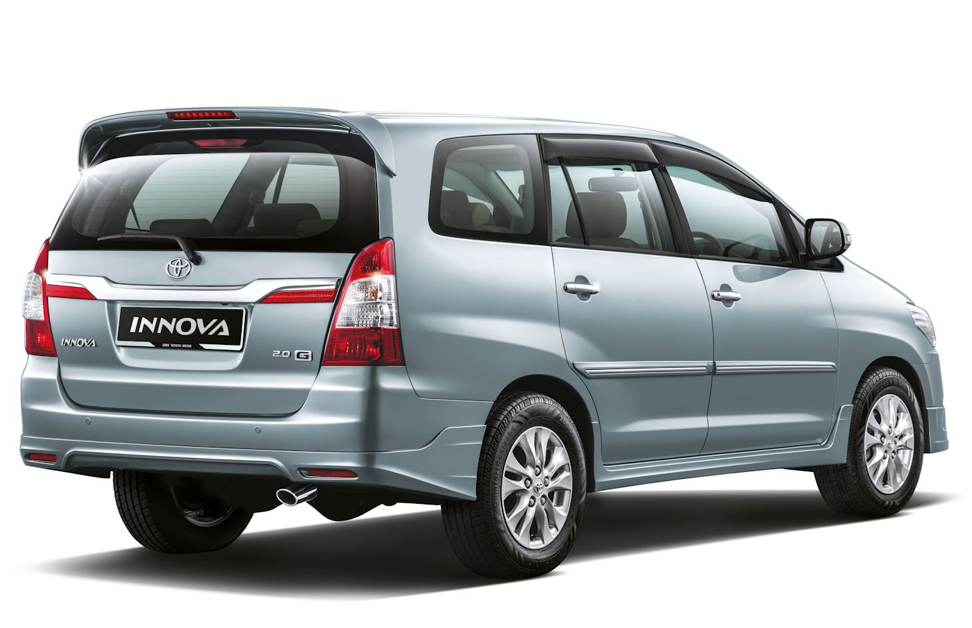 toyota #innova #venturer - indonesia | cars daily updated