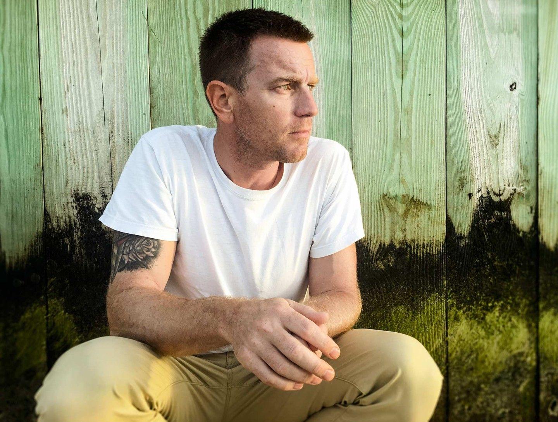 All Eyes on Ewan McGregor – Festival Style Magazine