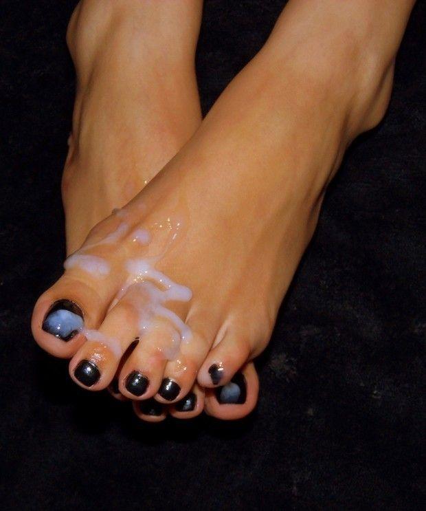 Sexiest feet adn toe ever seen