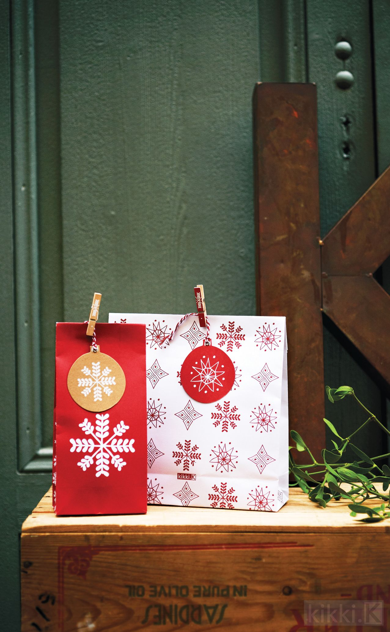 Delicious kikkik christmas goodie bags but use larger