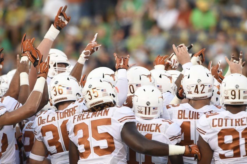 Texas Football Uses Riddell Helmet Technology To Promote Player Safety http://sco.lt/...