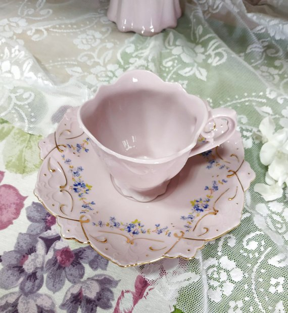 Vintage Pink Tea Cup with Soucer Adelka Czech Republic Porcelain Rosa Chodov Tea Mug Pink Porcelain gold tone accents floral pattens Teatime #teamugs