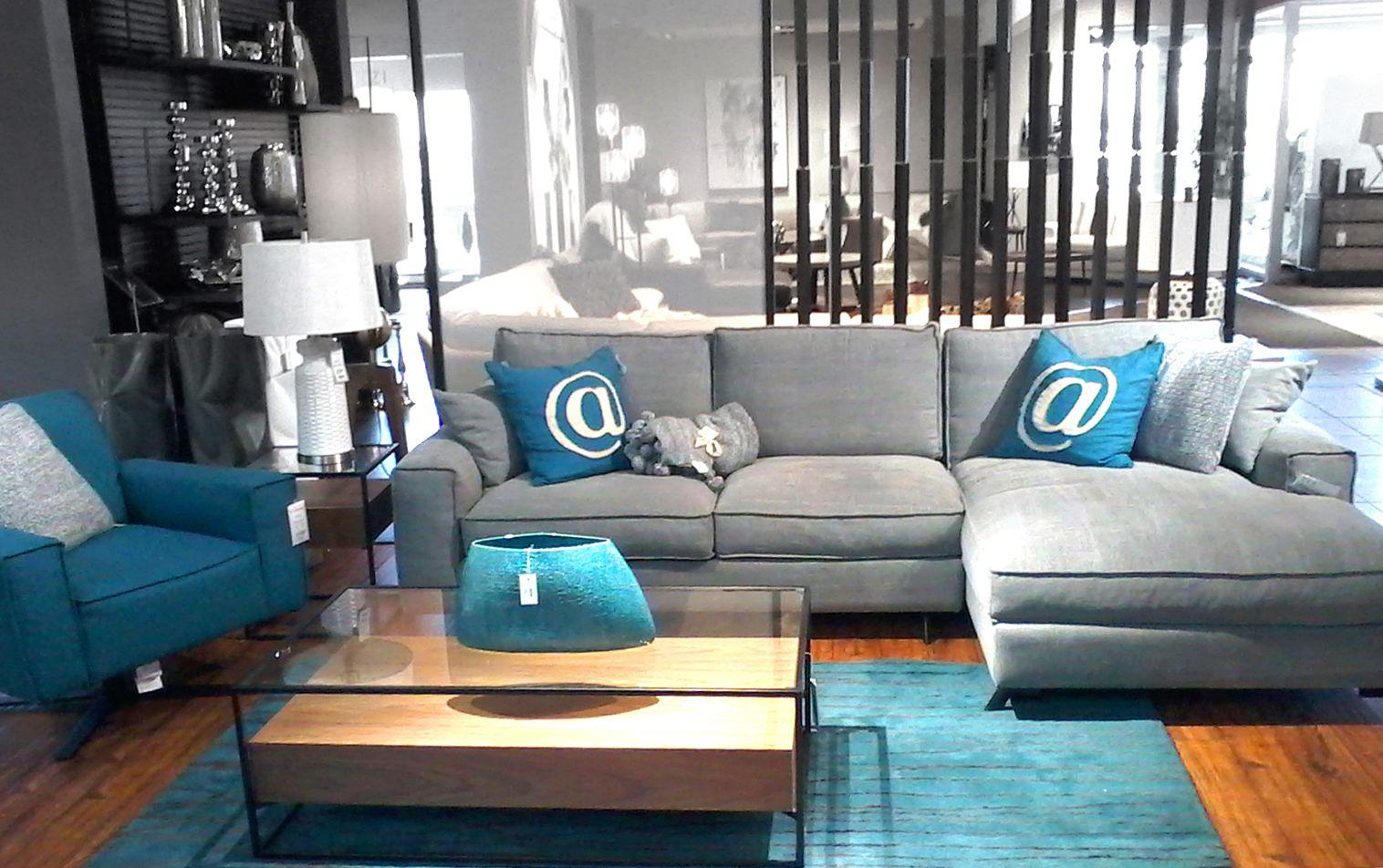 Sectionnel Chaise Longue En Tissu Gris Avec Coussin Turquoises Fauteuil Assorti De Couleur Turquoise Tendance2018 Mobilierc Home Sectional Couch Home Decor