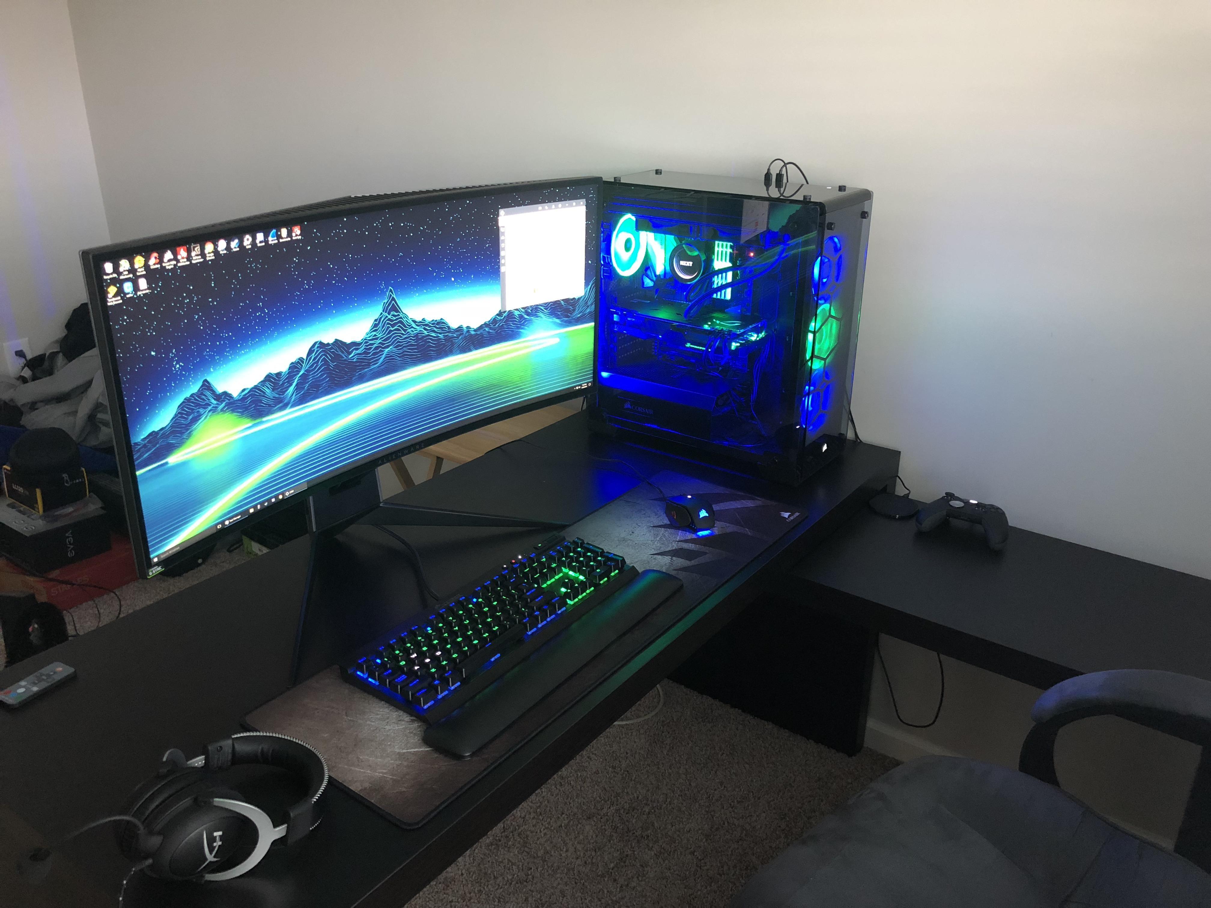 My little slice of heaven Computer setup, Custom pc