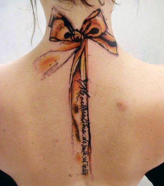 Tatuaże Damskie Kokarda Na Plecach Tattoo Inspiracje